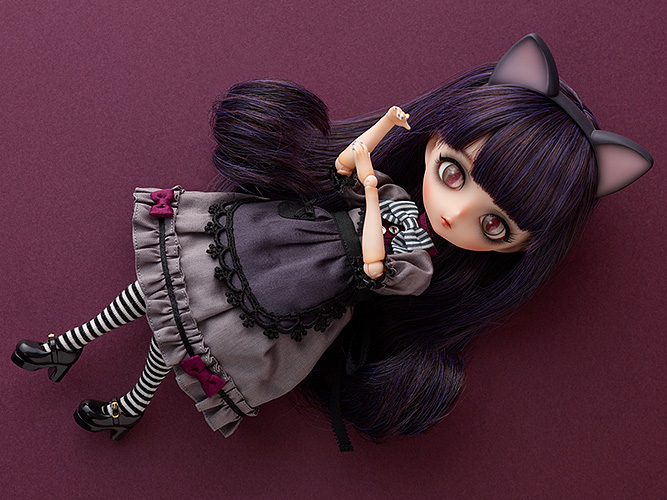 Harmonia bloom Seasonal Doll Dorothy
